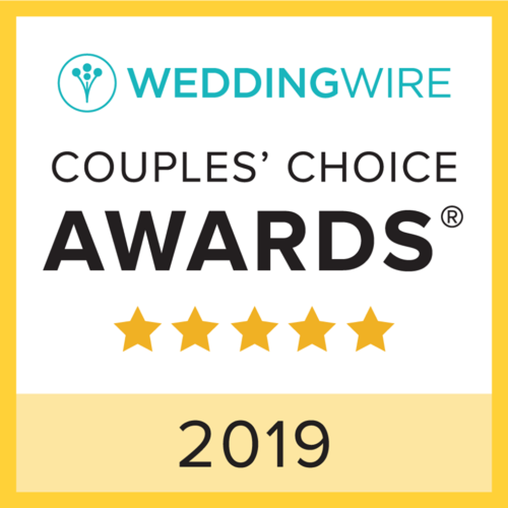 This image has an empty alt attribute; its file name is Wedding-Wire-Award-2019-1024x1024-1.png