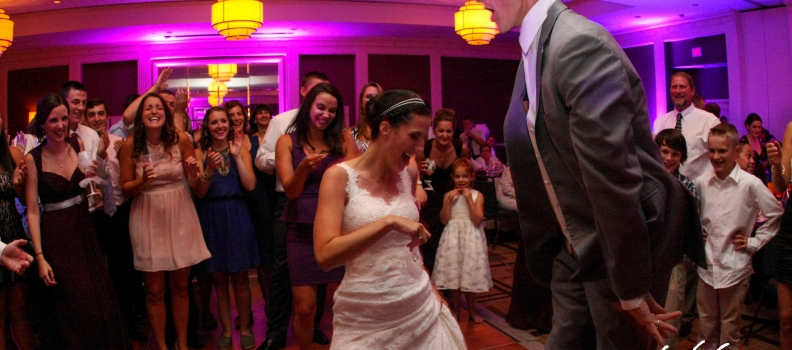A Guide to Picking Out the Songs For Your Wedding
