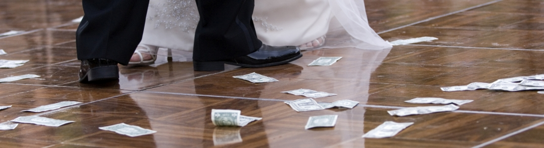 The Dollar Dance Wedding Etiquette Demystified — What You Need to Know About Doing One